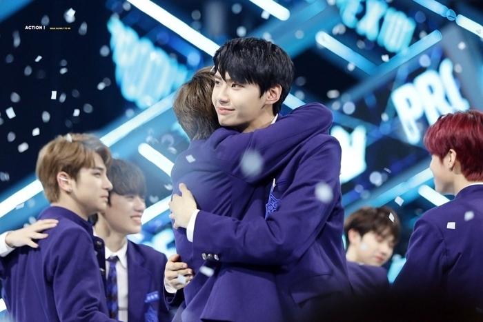 Trong đêm chung kết Produce X 101,  Lee Jin Hyuk bị loại khỏi top 11 chiến thắngkhiến nhiều fan sốc.