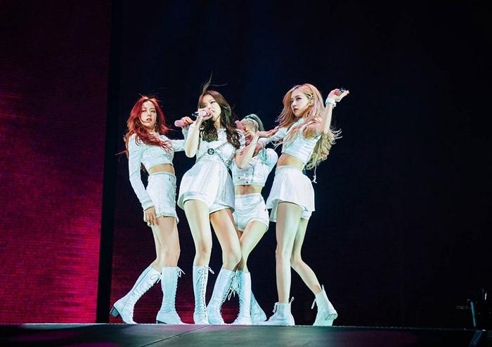 Các nghệ sĩ của YG trong đó có Black Pink ítphát hành sản phẩm thường xuyên vì khâu thu âm mất nhiều thời gian.