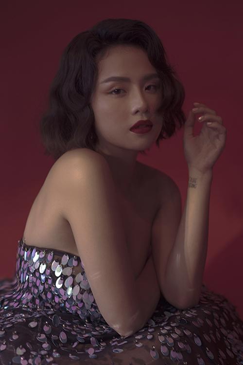 Thái Trinh muốn mình trở thành một nghệ sĩ trẻ hát tình ca với chất nhẹ nhàng, sâu lắng, trong trẻo.