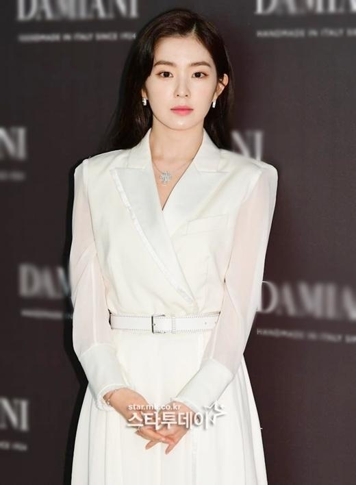 Chiều 17/12, Irene tham dự một sự kiện thời trang tại