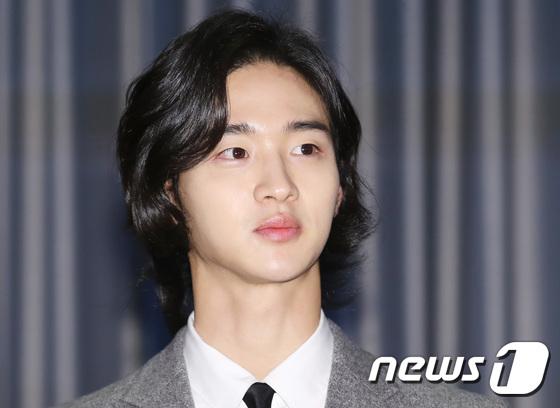 Mỹ nam giả gái Jang Dong Yoon, diễn viên nổi tiếng sau bộ phim The Tale of Nokdu.