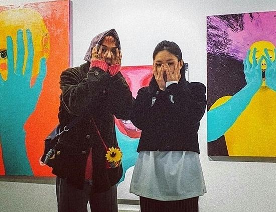 Cặp đôi cool ngầu Jennie - Mino bất ngờ được fan đẩy thuyền - 2