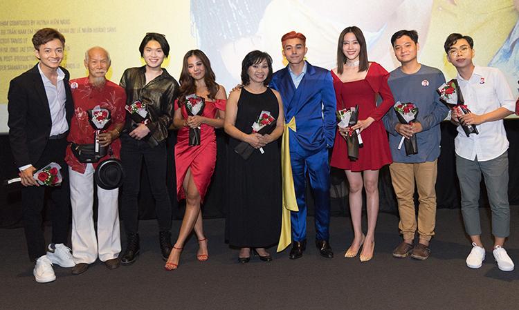 Dàn khách mời tham gia MV của Jun Phạm.