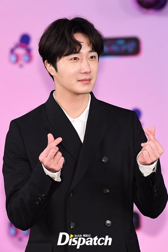 Nam diễn viên Jung Il Woo.