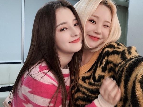 Nancy và JooE là bộ đôi thân thiết trong nhóm Momoland.