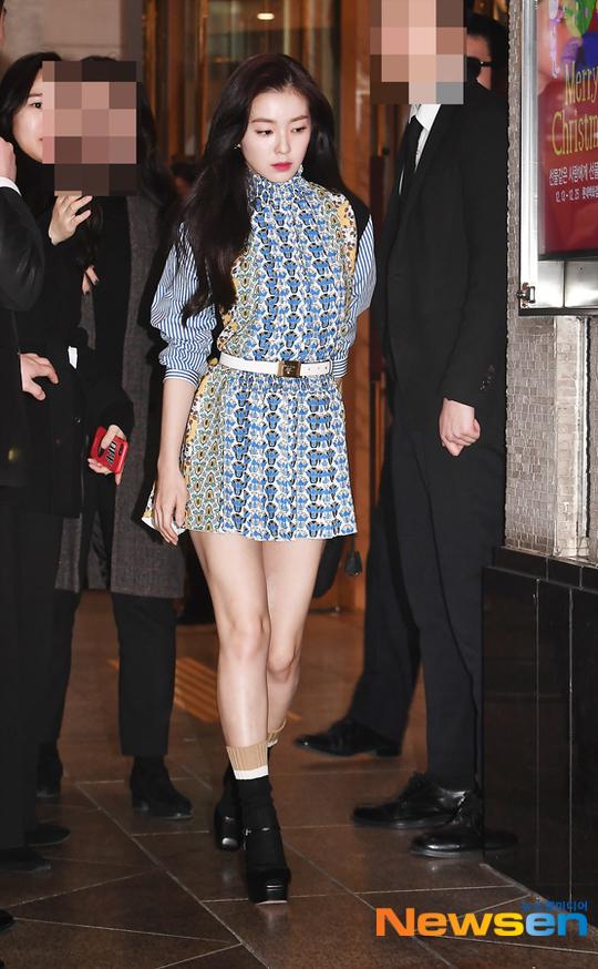 Một mỹ nhân đình đám khác của Kpop cũng có mặt tại sự kiện là Irene (Red Velvet).