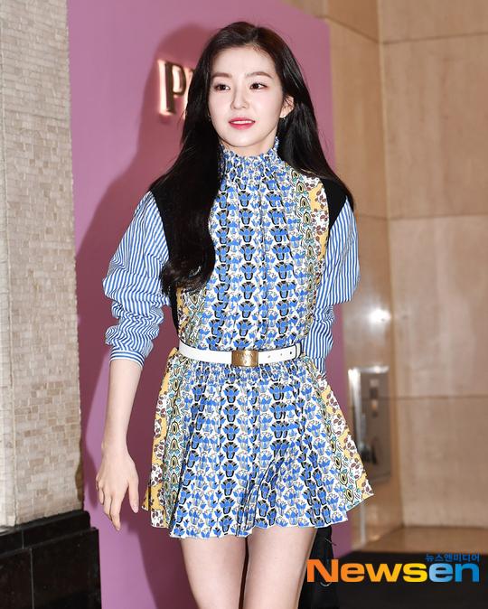 Irene được khen xinh đẹp bừng sáng trước ống kính máy ảnh.
