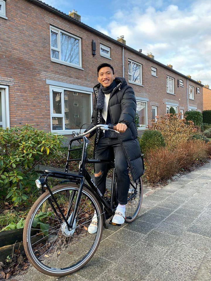 Văn Hậu đang có kỳ nghỉ Giáng sinh tại Hà Lan. Ảnh: Nguyễn Đắc Văn.