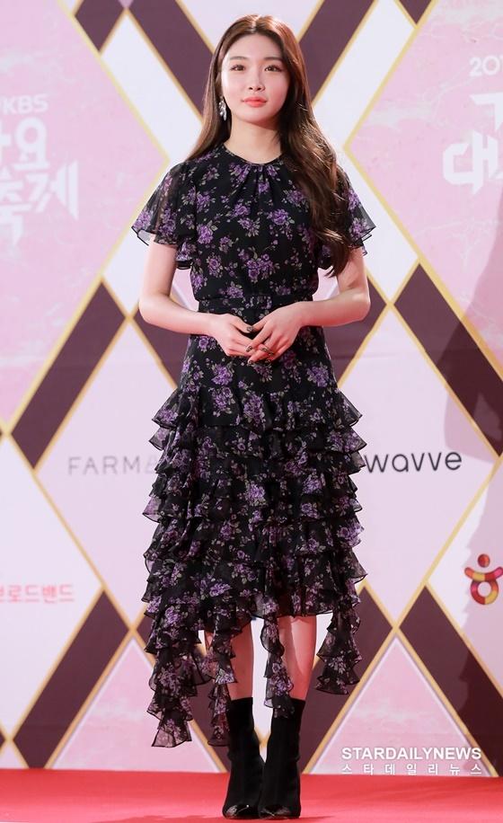 Chung Ha là nghệ sĩ solo thành công nhất năm.
