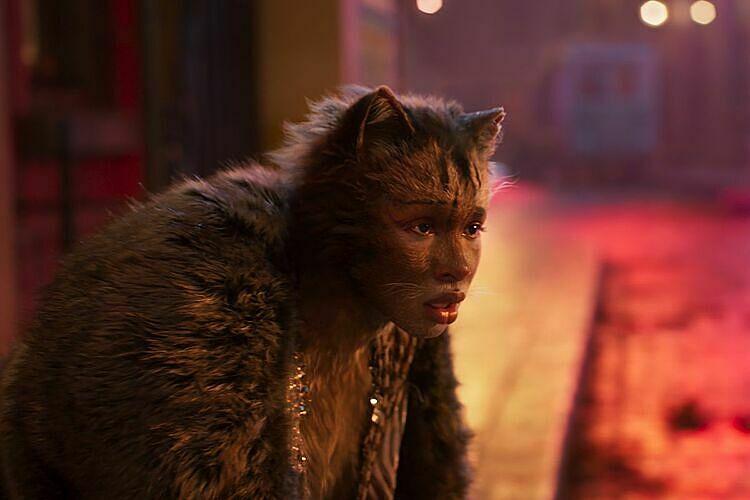 Tạo hình mèo của Jennifer Hudson.