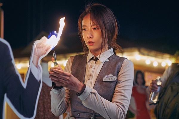 6 thần tượng tỏa sáng trên màn ảnh Hàn 2019