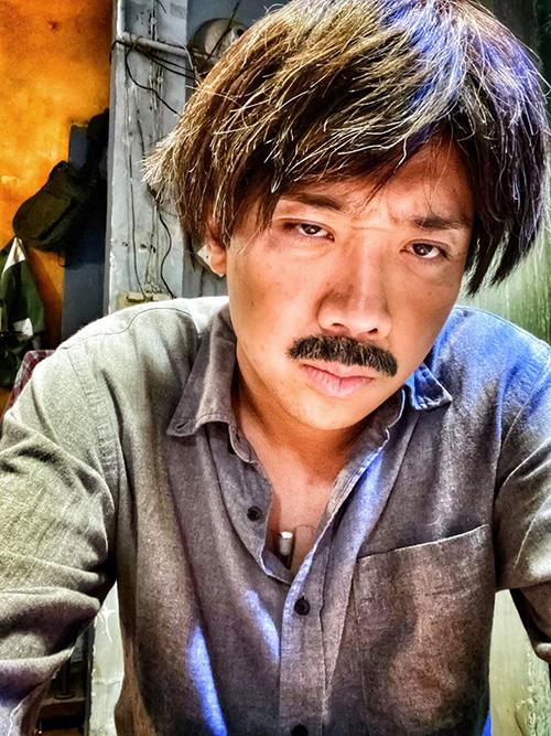 Trấn Thành hé lộ tạo hình bố già trong sản phẩm web-drama sắp ra mắt.