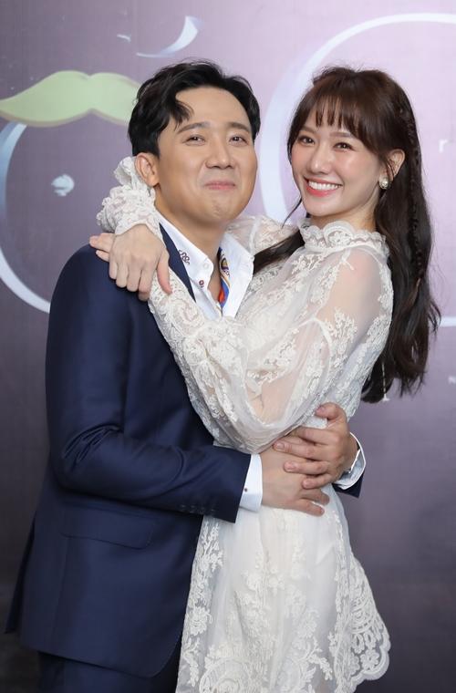 Hari Won đến chúc mừng chồng ra mắt web - drama mới.