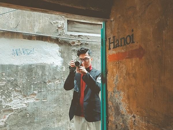 Ghi lại cho mình những khoảnh khắc để lưu dấu một Hà Nội cùngvào người bạn đồng hành Realme 5s, với chiếc camera cân cả một con ngõ nhỏ thiếu ánh sáng tự nhiên. Địa chỉ: 47A Lý Quốc Sư, Hoàn Kiếm.