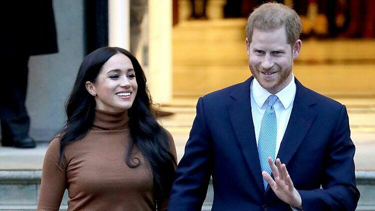 Meghan (38 tuổi), diễn viên người Mỹ, kết hôn với Hoàng tử Anh Harry (35 tuổi) năm 2018. Ảnh: CNN.