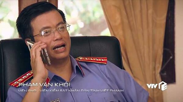 Tuy nhiên nhân vật này được giới thiệu tên Phạm Văn Khôi.