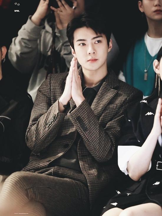 Se Hun được gọi là nam idol có ngoại hình vương giả bậc nhất Kpop. Đường nét trên khuôn mặt anh khiến nhiều fan nhầm lẫn anh là con lai.