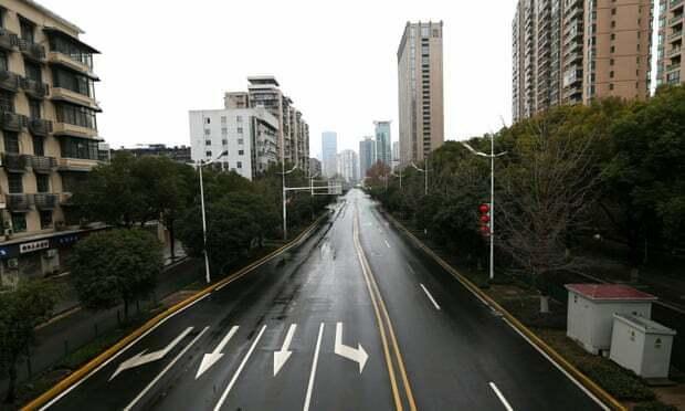 Thành phố Vũ Hán vắng tanh không bóng người sau khi tỉnh Hồ Bắc đưa ra một số yêu cầu chống virus corona lây lan. Ảnh: CNN.