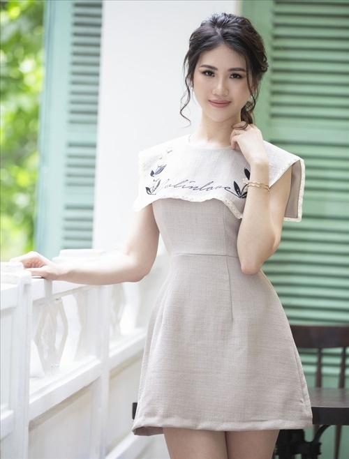 Quỳnh Hoa than ế dịp lễ tình nhân: Đến đôi dép còn có đôi, mà sao tôi vẫn lẻ chiếc.