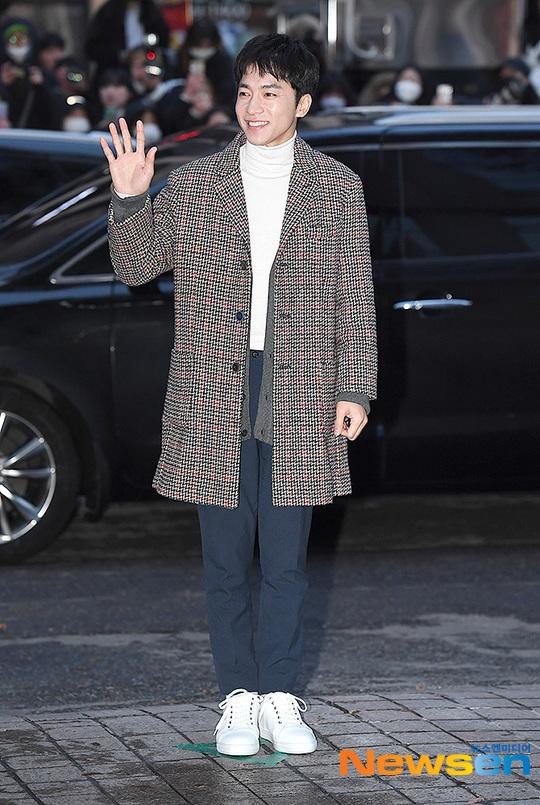 Kim Yeong Min.
