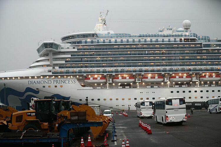 Hủy các chuyến đi của du thuyền Diamond Princessthêm hai tháng