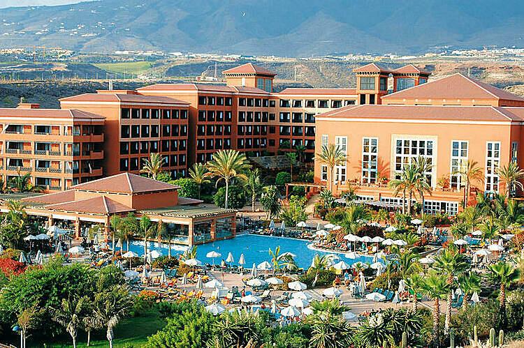 Khách sạnH10 Costa Adeje Palace.