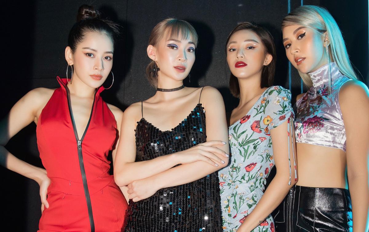 Trong các nhóm bạn thân đình đám Vbiz, hội chị em của Chi Pu được nhiều người ngưỡng mộ vì có phong cách chuẩn fashionista. Cả bốn cô nàng Chi Pu - Sun Ht - Sa Lim và Quỳnh Anh Shyn đều có xuất thân là hot girl Hà thành, sau đó ghi dấu ấn trong lĩnh vực thời trang.