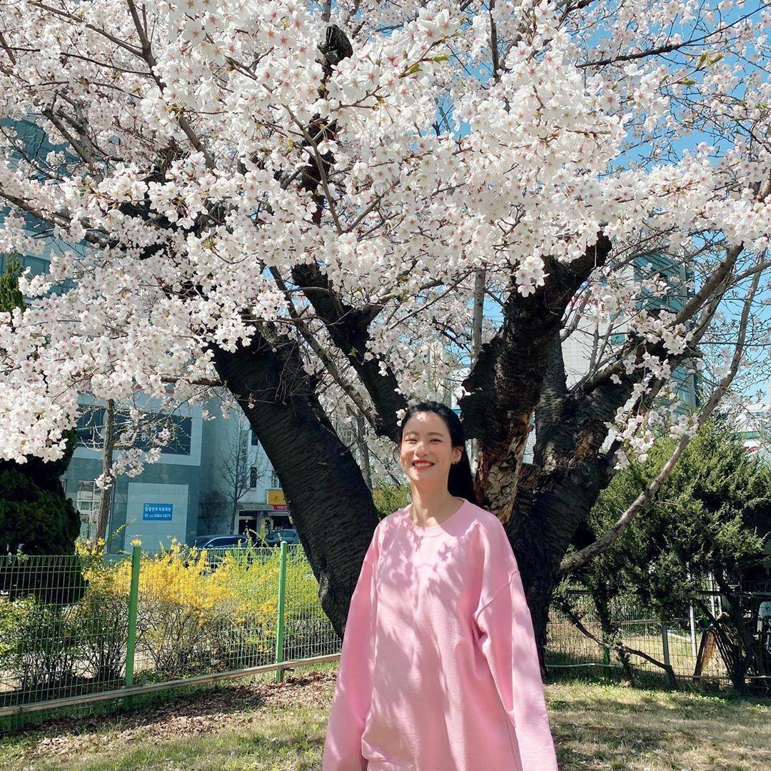 Instagram sao Hàn 4/4 - page 2 - 2
