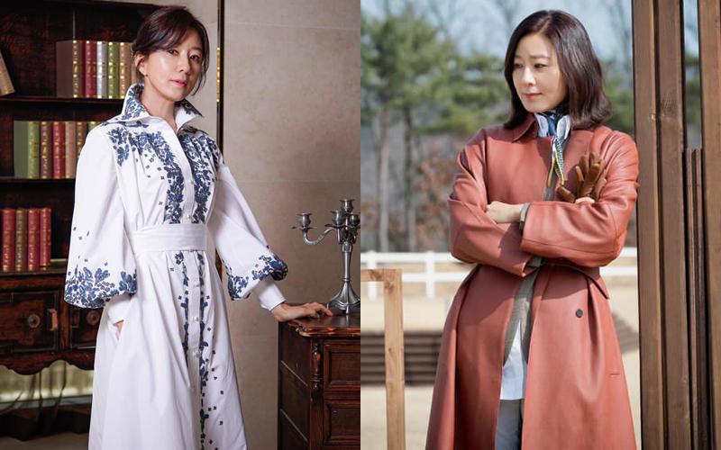 Bên cạnh hàng loạt chiếc túi xách đắt đỏ, Sun Woo còn có lối ăn mặc kiểu cách ở đời thường. Những bộ váy áo của nữ bác sĩ thường được phối áo khoác đi kèm chân váy, khăn quàng tạo vẻ thanh lịch nhưng vẫn thời thượng.