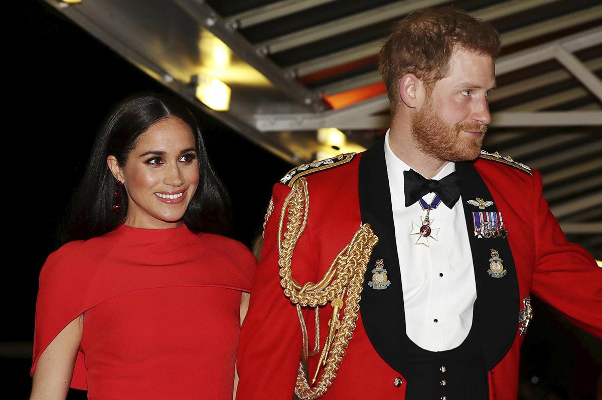 Harry và Meghan tại nhà hát Royal Albert ngày 7/3. Ảnh: AP.