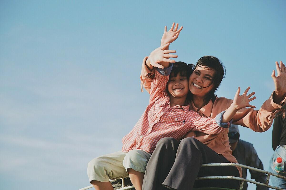 Phim Hạnh phúc của mẹ giành tới 7 giải Cánh diều nhưng dính nhiều ồn ào.