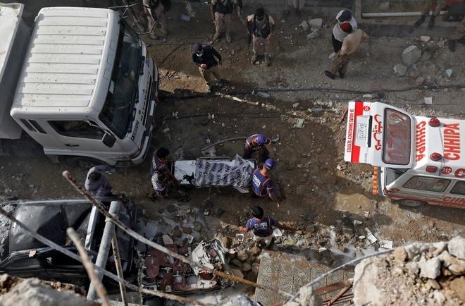 Theo trích dẫn của CNN từ thông cáo của Bộ Y tế cho biết, ít nhất 76 người đã thiệt mạng cho đến nay.