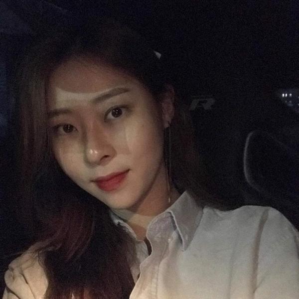 Những sao Kpop nức mũi vì có chị gái ruột siêu xinh đẹp - 26