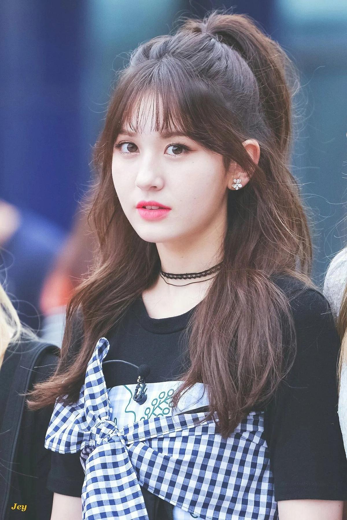 8 kiểu tóc mát mẻ hè nào cũng hot của idol Hàn - 4