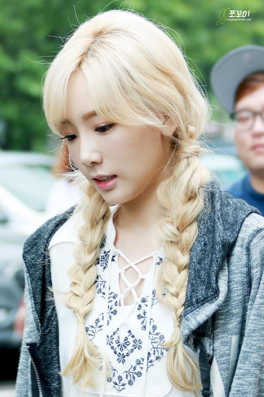 8 kiểu tóc mát mẻ hè nào cũng hot của idol Hàn - 14