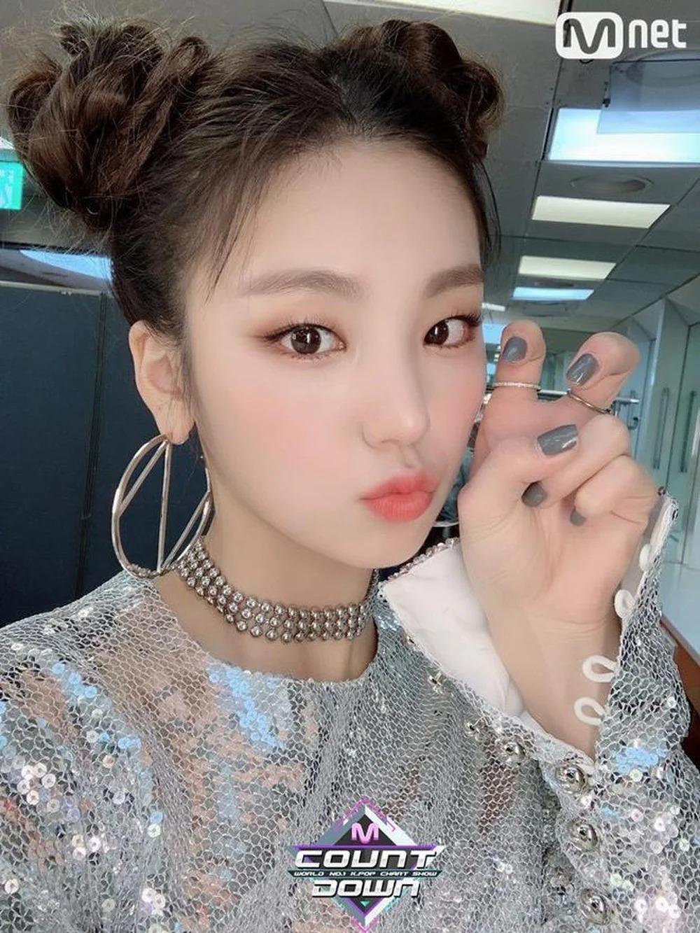 8 kiểu tóc mát mẻ hè nào cũng hot của idol Hàn - 8
