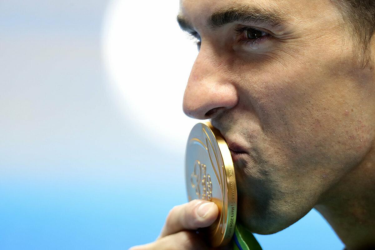 Huyền thoại đường đua xanh thế giới,Michael Phelps.