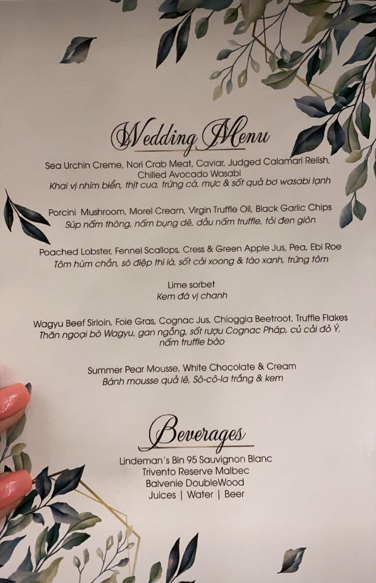 Thực đơn đám cưới của Phanh Lee.