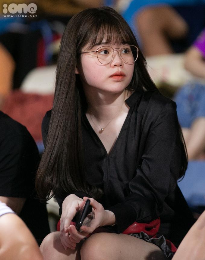 Huỳnh Anh hủy bỏ trạng thái hẹn hò Quang Hải.