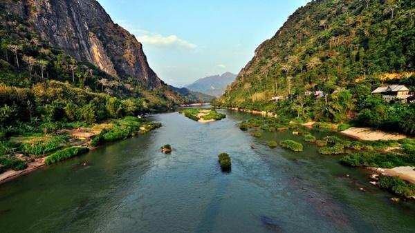 Sông Mê Kông chảy qua bao nhiêu quốc gia? - 15
