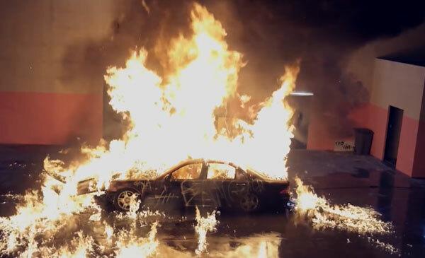 Lamborghini đỏ sành điệu xuất hiện trong MV Kpop nào? - 5