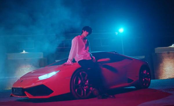 Lamborghini đỏ sành điệu xuất hiện trong MV Kpop nào? - 11