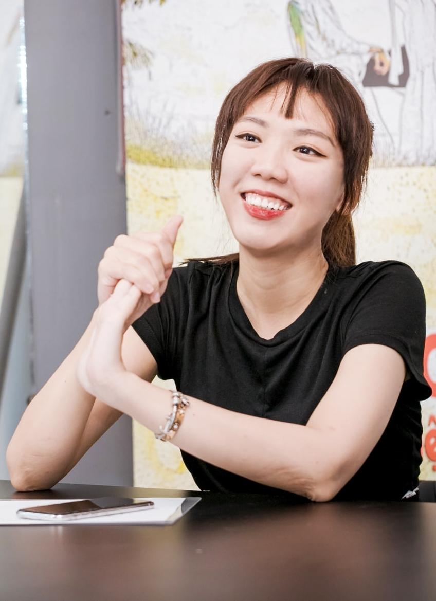 Luk Vân cho biết 10 năm hàng xóm được lên ý tưởng, viết kịch bản cách đây một năm. Nội dung phim bám sát câu chuyện cuộc sống thường nhật, kể về những người hàng xóm đáng yêu và câu chuyện tình yêu thời non trẻ. Phim được tiết lộ hợp tác với đối tác từ Hàn Quốc. Sau khi chốt được diễn viên, phim sẽ bấm máy và dự kiến ra rạp vào 2021.