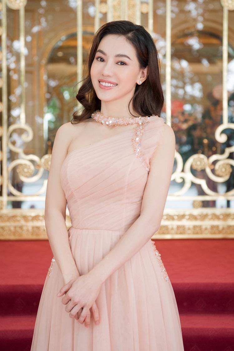 Bà Phạm Kim Dung - Phó Trưởng ban tổ chức Hoa hậu Việt Nam 2020 - cũng góp mặt ở sự kiện.