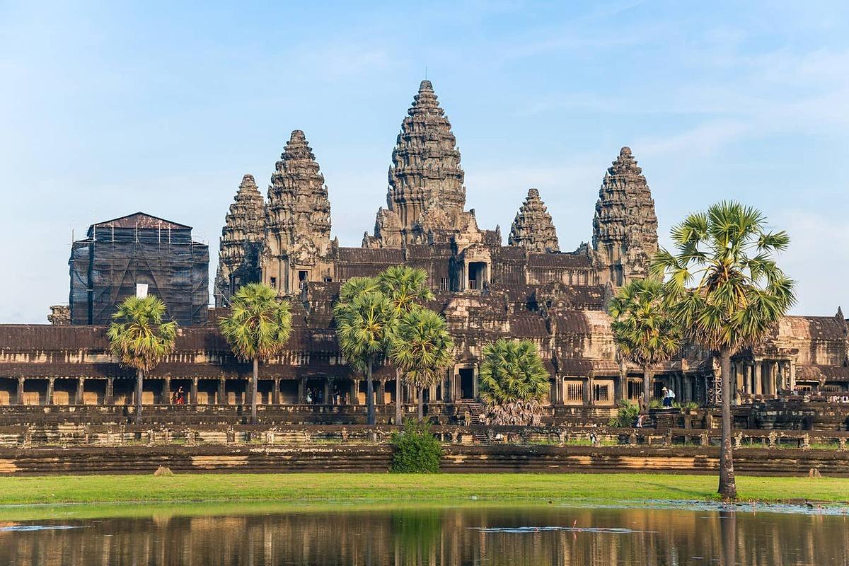 Đền Angkor Wat, một biểu tượng của Campuchia.