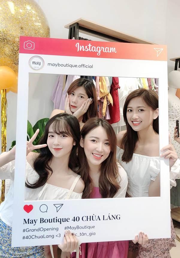 Những gương mặt hot teen nổi bật nô nức ghé thăm cơ sở 40 Chùa Láng của May Boutique trong đợt khai trương khủng này.