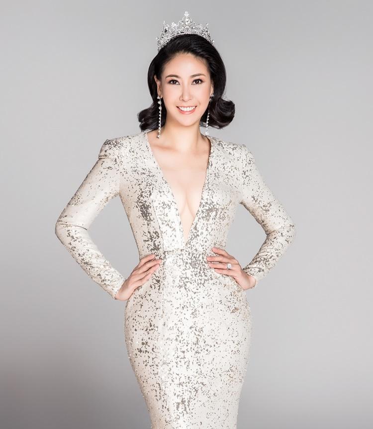 Hà Kiều Anh là Hoa hậu Việt Nam 1992. Cô từng chấm thi Hoa hậu Việt Nam 2018, Miss World Vietnam 2019. Công việc bận rộn nhưng Kiều Anh luôn theo sát cuộc thi, có những nhận xét công tâm, thẳng thắn.