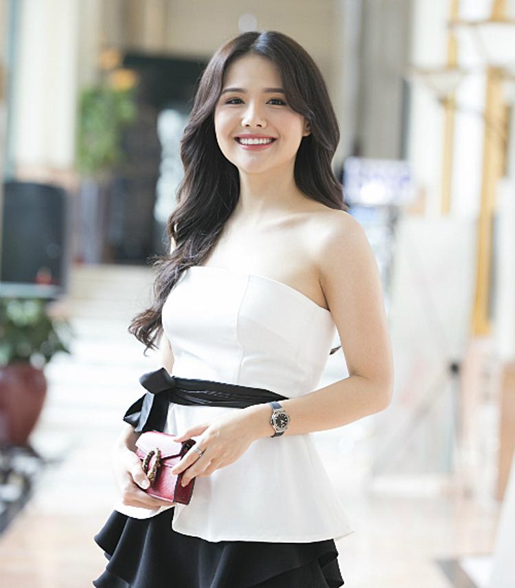 Phanh Lee.