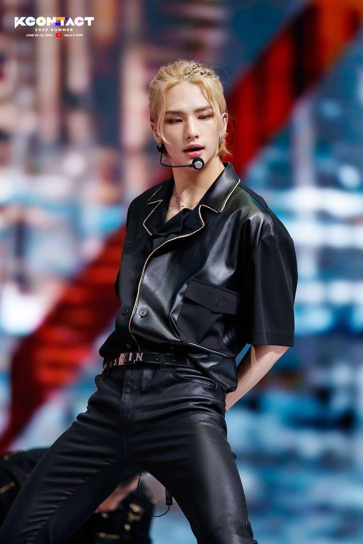 Thành viên sở hữu lượng fan cứng đông đảo nhất: Hyun Jin.