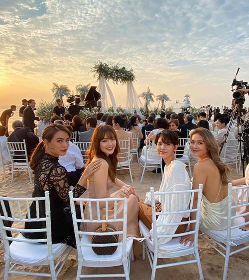 Trong đám cưới Đông Nhi - Ông Cao Thắng, những người bạn thân này thu hút sự chú ý không kém cô dâu, chú rể.